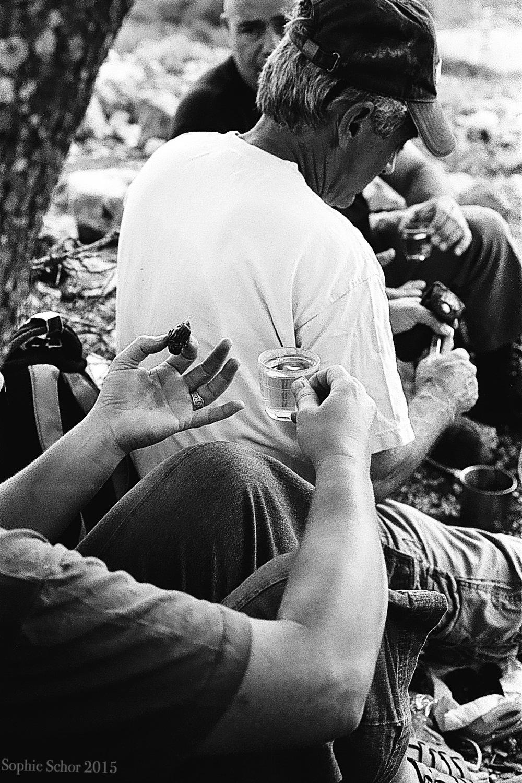 Israelis take a coffee break, September 2014