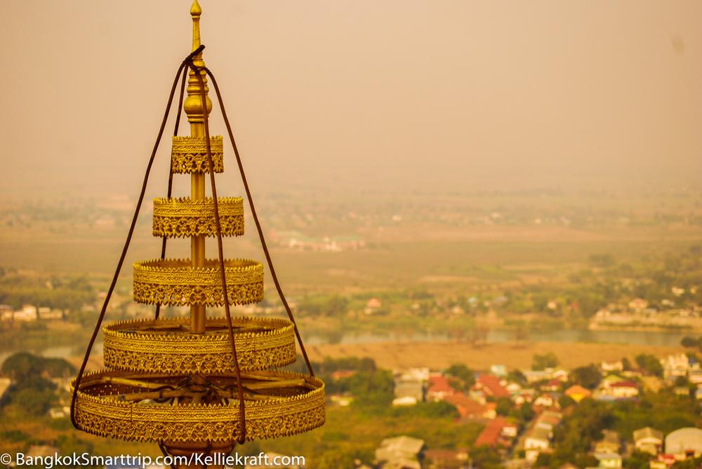 Wat Kiriwong Nakhonsawan an Golden Umbralla Thailand