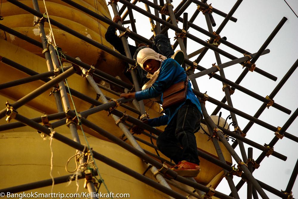 Wat Kiriwong Nakhonsawan Renovate Thailand
