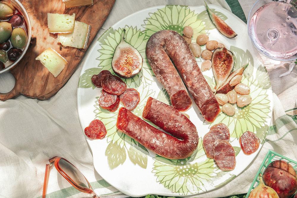 borsellino-lifestyle-picnic-crop-2.jpg