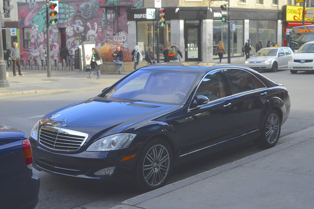 S550 W221 in Montreal, Canada. Inferior to a W140 in every regard.