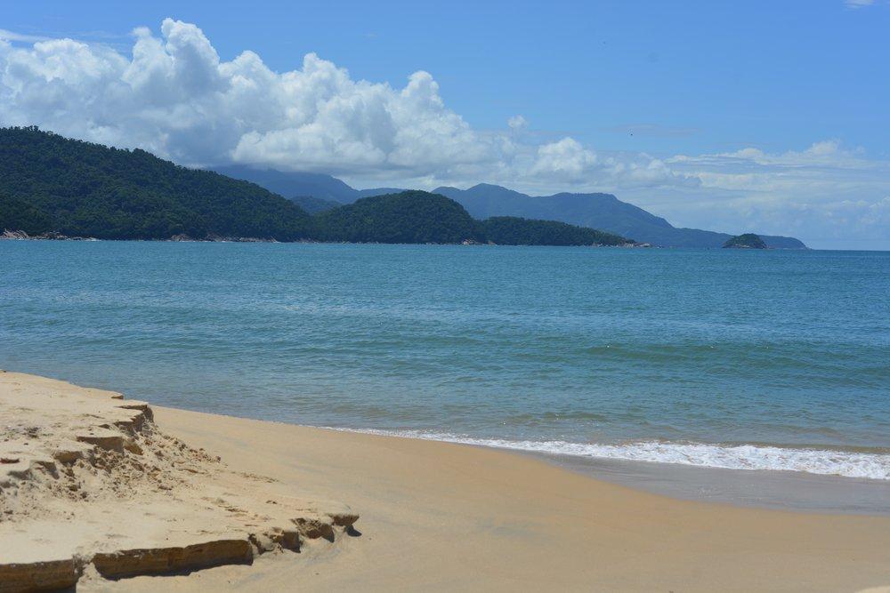 Trinitad beach bear Paraty.