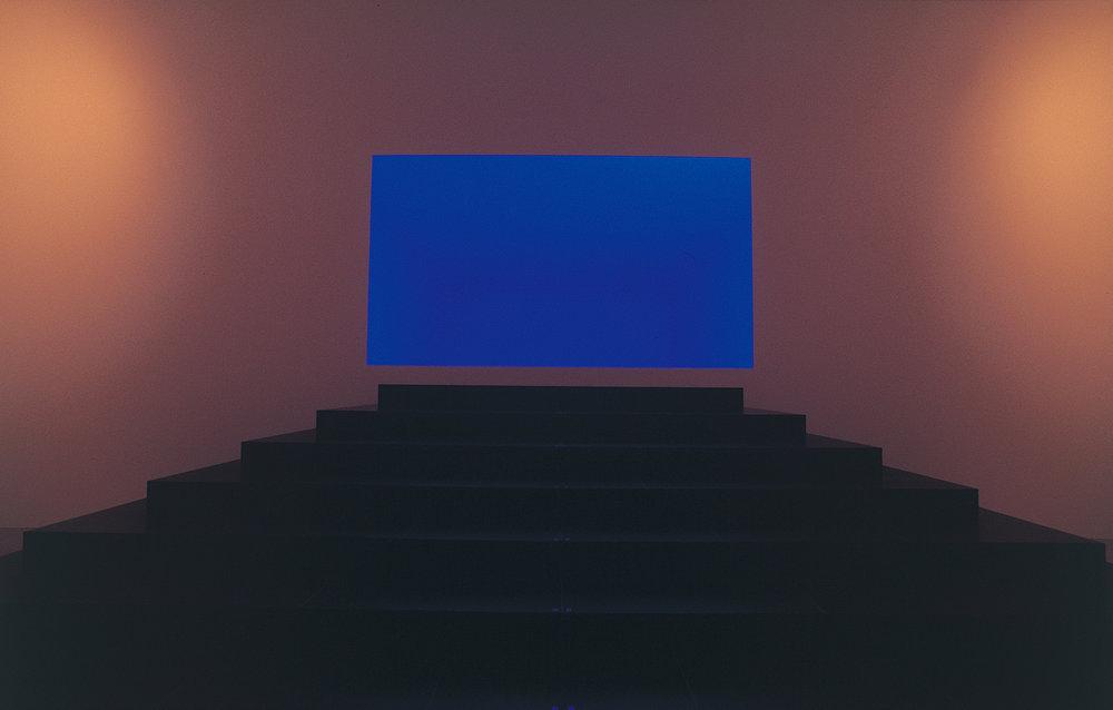 「オープン・フィールド」ジェームス・タレル 地中美術館公式ウェブサイトより