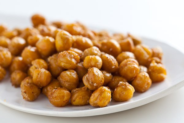 BSB roasted-chickpeas-garbanzo-beans-3144.jpg