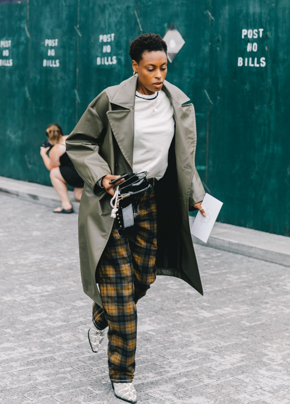 Collage_Vintage-NYFW-New_york_fashion_Week-Street_Style-53-3-2240x3360.jpg