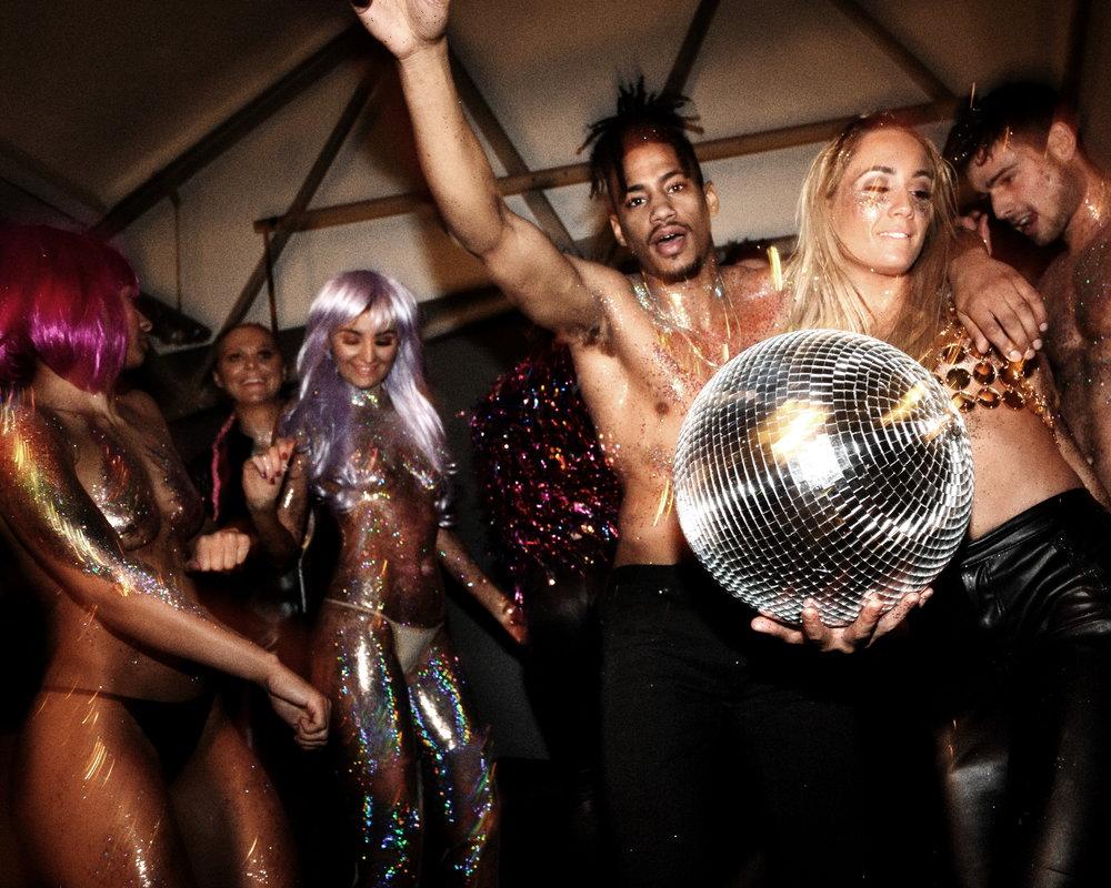 Beautiq Glitter Party