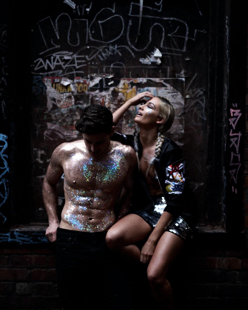 Beautiq Glitter Couple