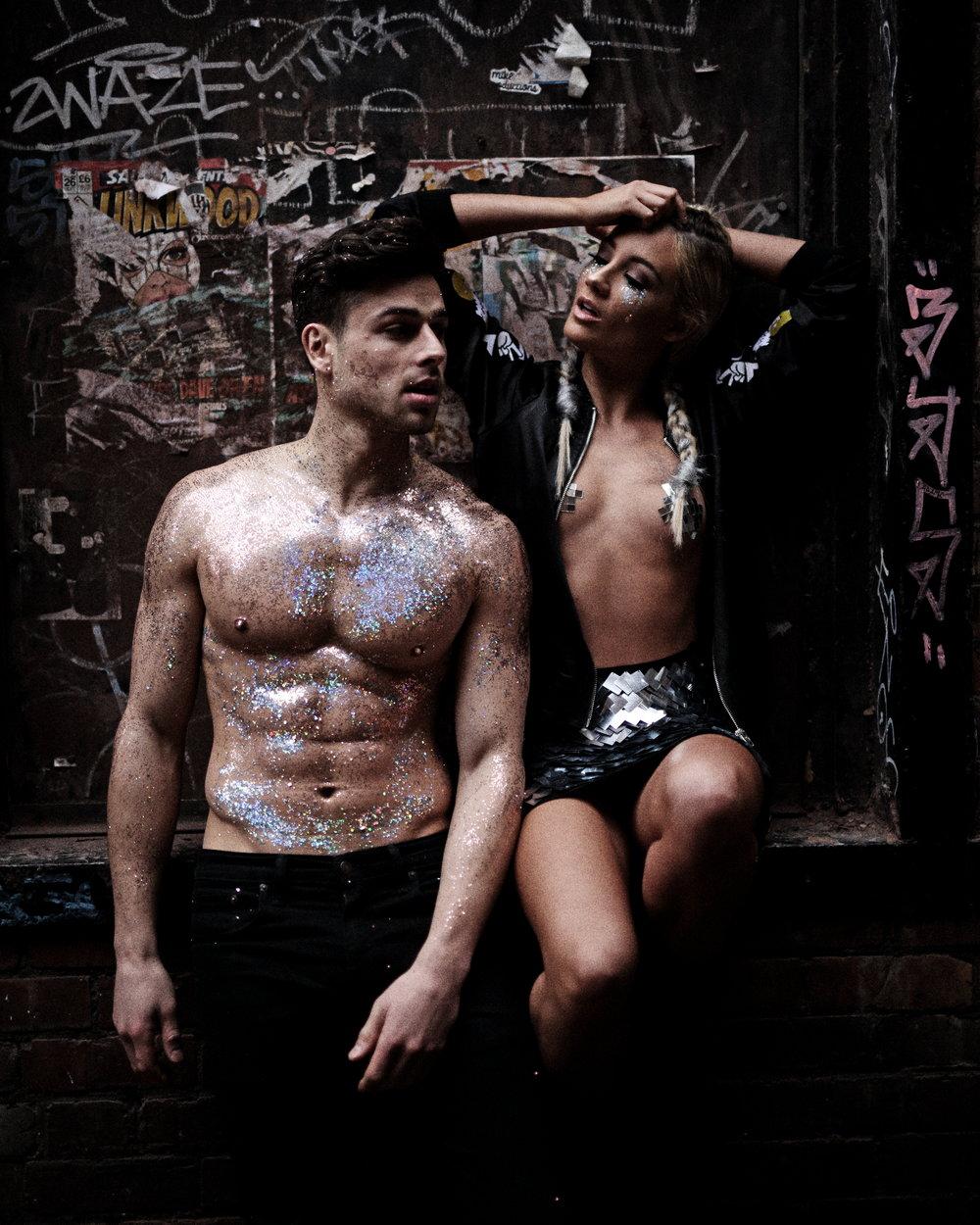 Beautiq Glitter Love Couple