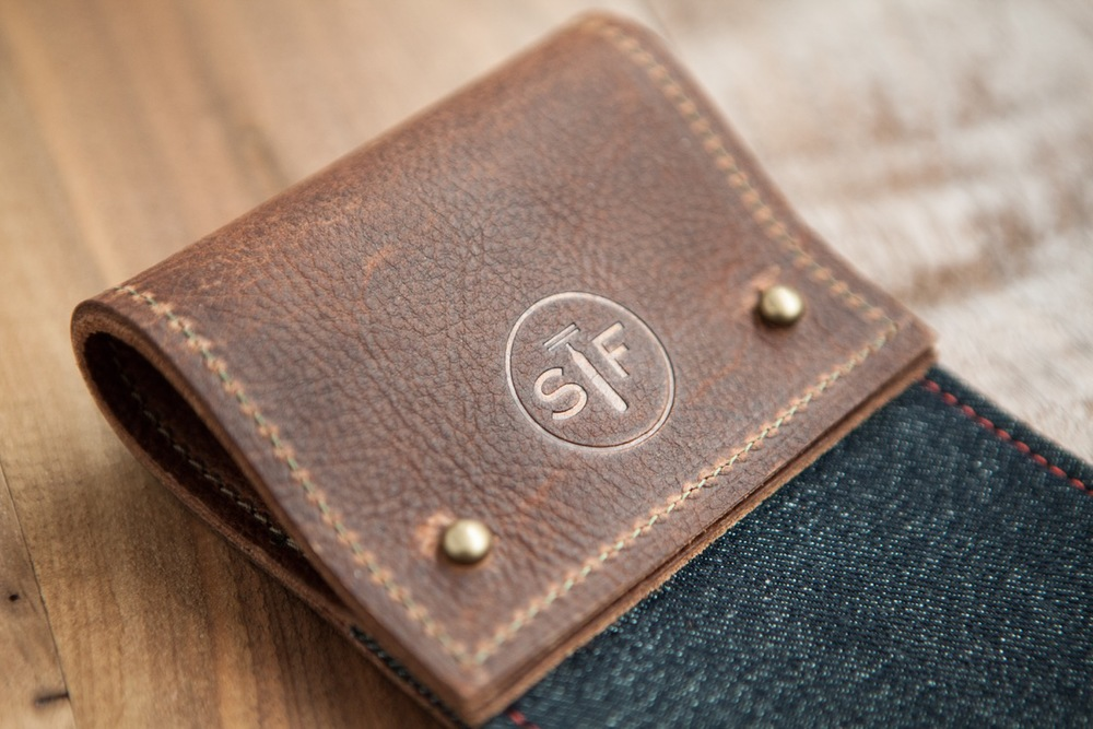 More info on this product and to PRE-ORDER.  http://www.shaveface.com/the-strop/buy-the-strop