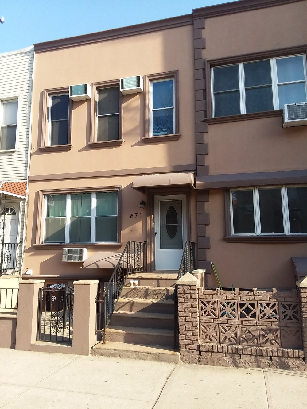 """671 Metropolitan Avene in Brooklyn.  """"Home"""" for all 20 of us for 5 nights."""