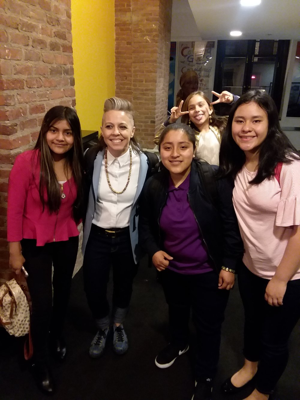 Erin McKeown, Miss You Like Hell's composer/musician, with Esme, Azucena, and Martha (…and Luna photobomb)
