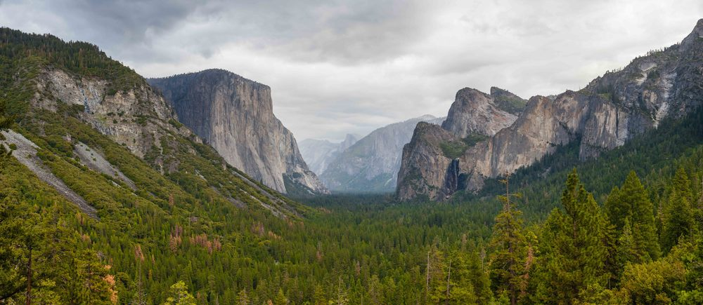 Panorama of Yosemite Valley from Tunnel View, after the rain had passed.