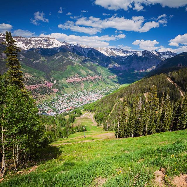 Road Trip Day 31: Looking down onto #Telluride from the top of the Gondola #roadtrip #ColoRADo