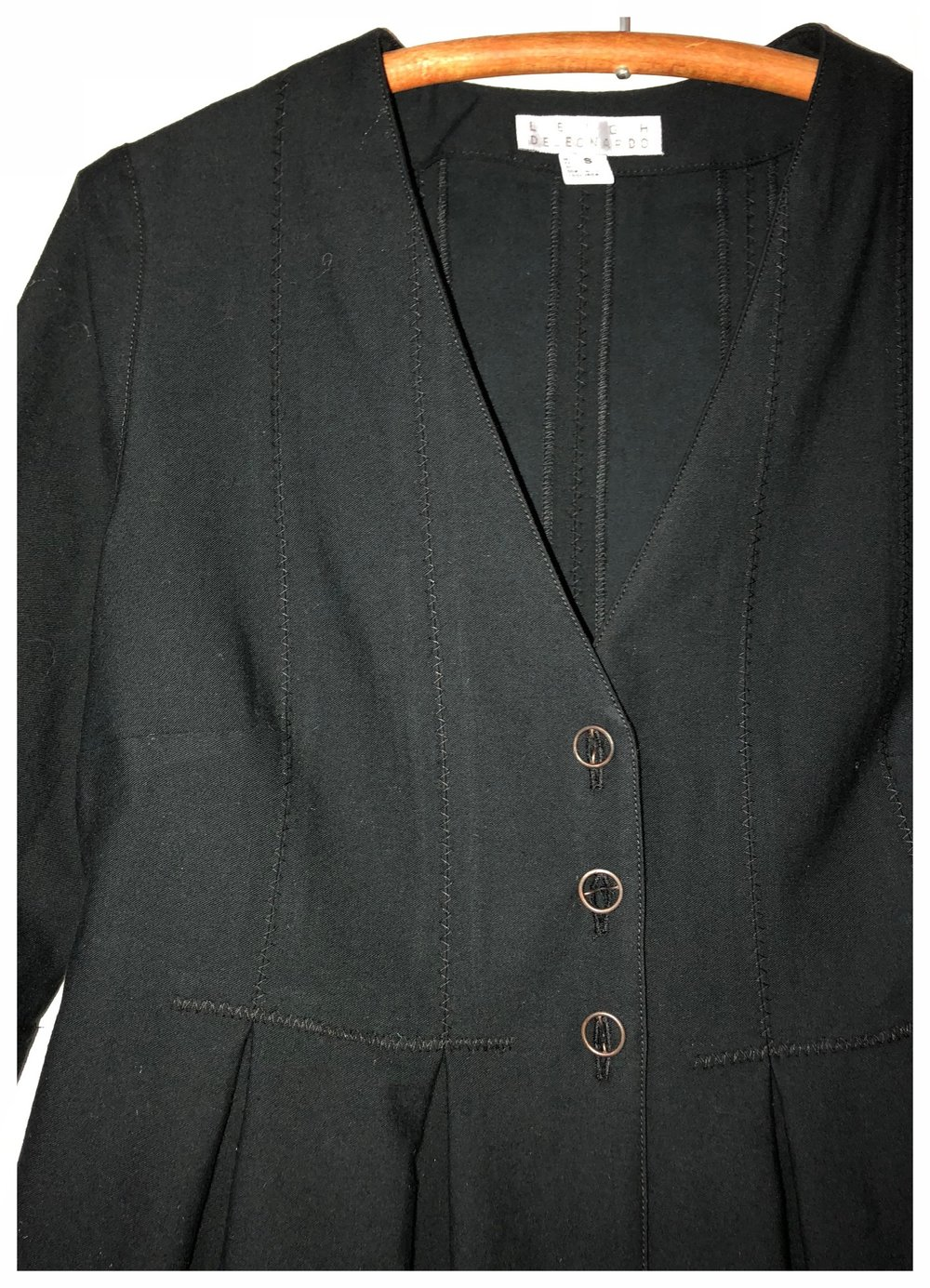 short pleats jkt detail.jpg