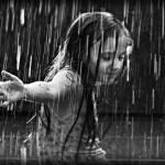 the_girl_in_the_rain_by_best10photos1