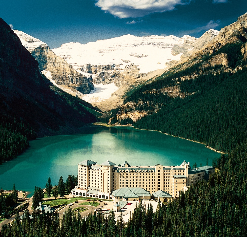 Chateau Lake Louise 2.jpg