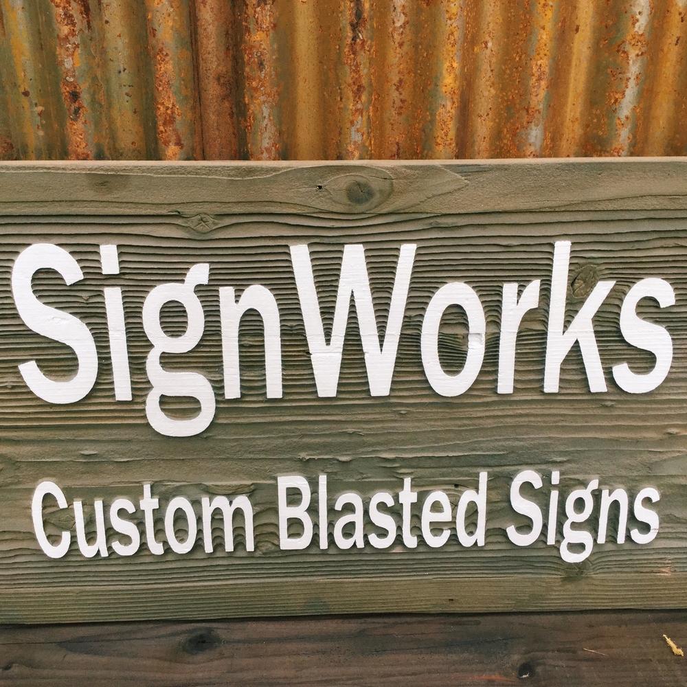 Reclaimed_Wood_Sign.jpg