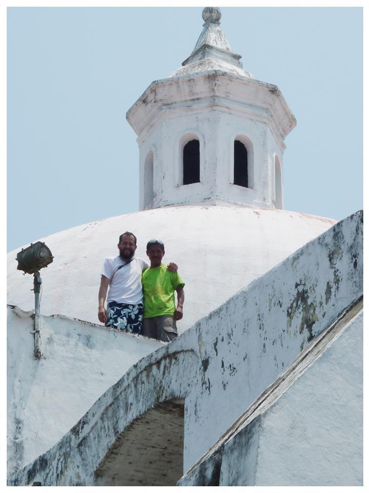 Enrique y Joaquín, informador turístico de la zona. La Antigua, abril 2015.