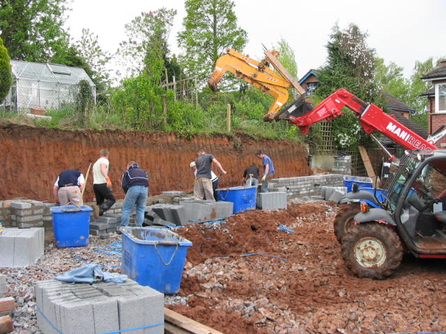 bricklayers landscaping with block in belfast garden