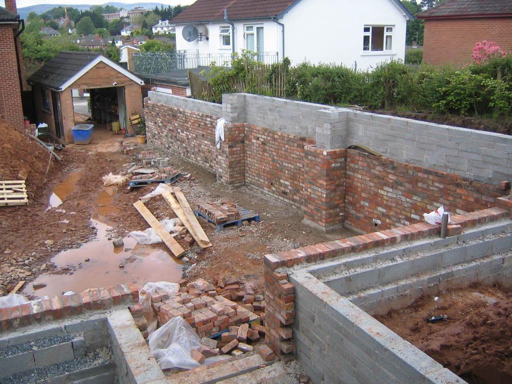 building retaining walls in belfast garden with old belfast brick