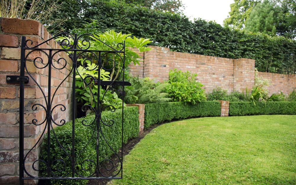 garden gate using iron mongory  belfast