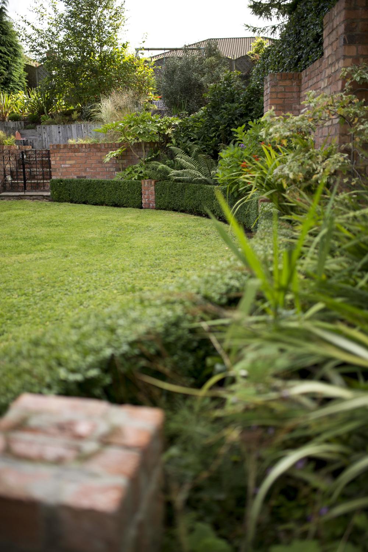 Secluded Garden STRANMILLIS (34).jpg