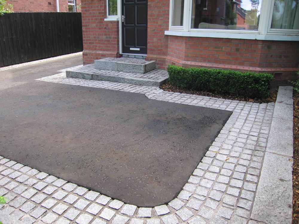 driveway construction using asphalt Belfast