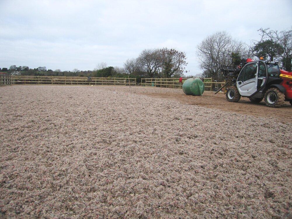 manege stabilising surface fibre