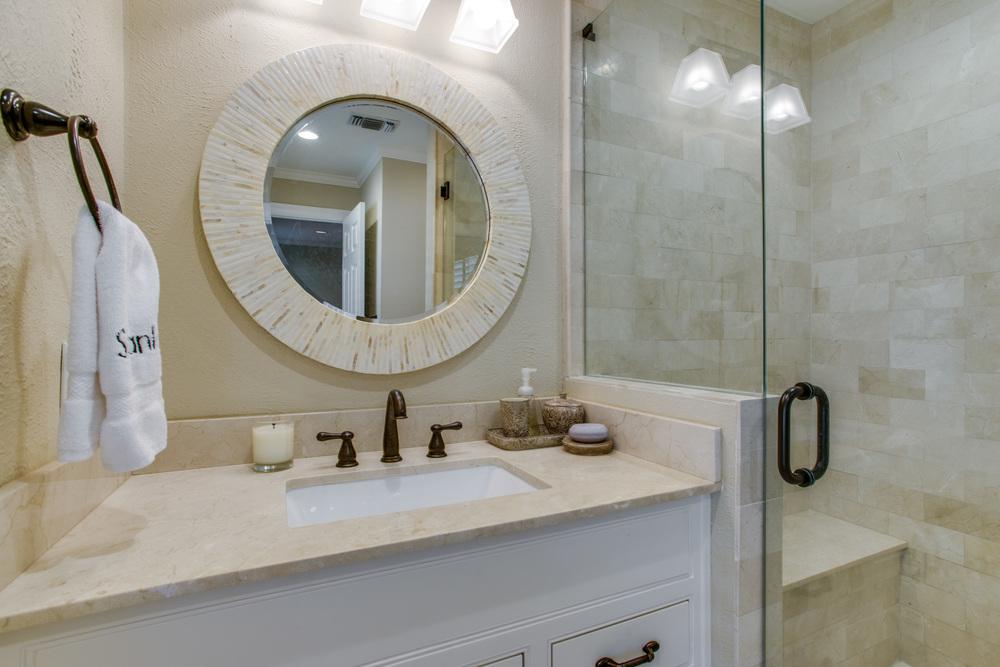 Mason Dells Guest Bath
