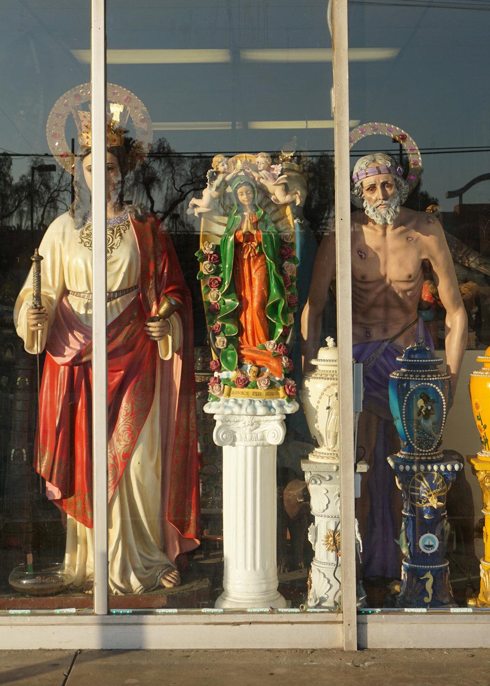 Guadalupe_Statues_SanFernandoRd.jpg