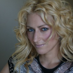 Jane McGonigal | Author of NY Times Bestseller Reality is Broken & Director of game R&D at the Institute for the Future