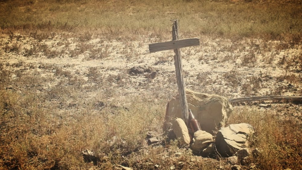 cross in desert.jpg