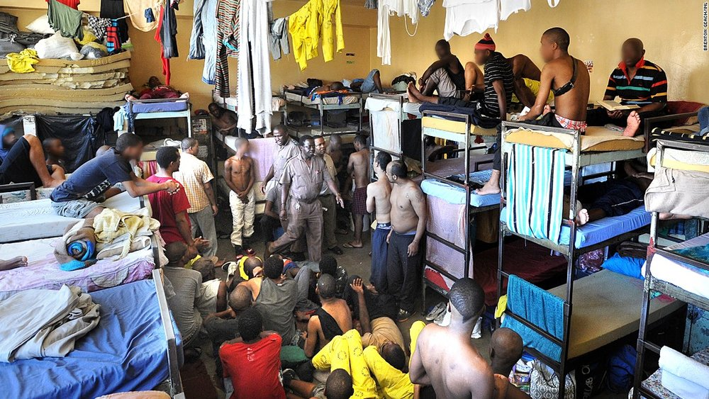 Pollsmoor prison--crowding.jpg