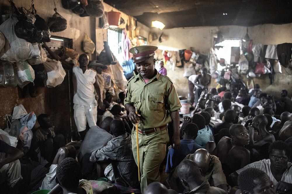 Pollsmoor--overcrowded--prison guard.jpg
