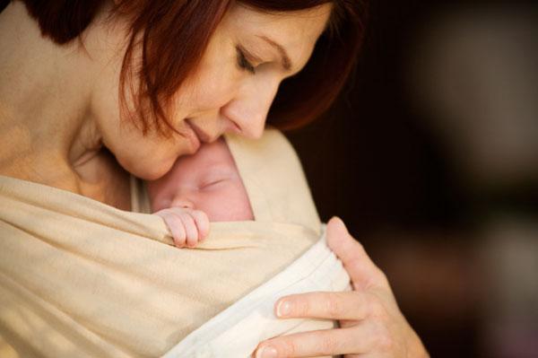 mom-baby-bonding.jpg