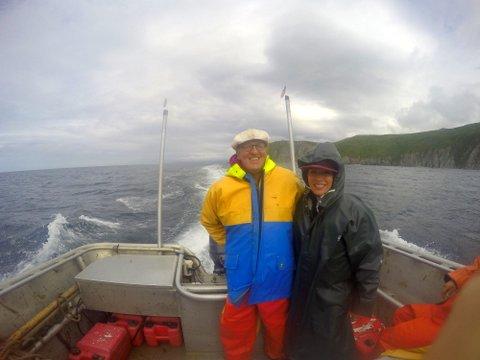 Leslie+Duncan in skiff+raingear.JPG