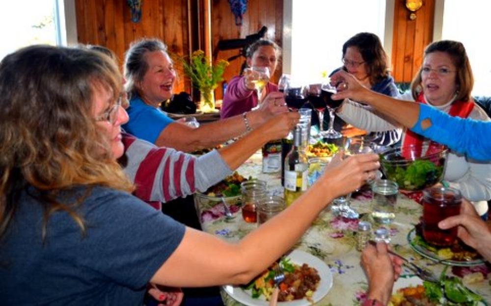HIWW--toasting dinner.JPG