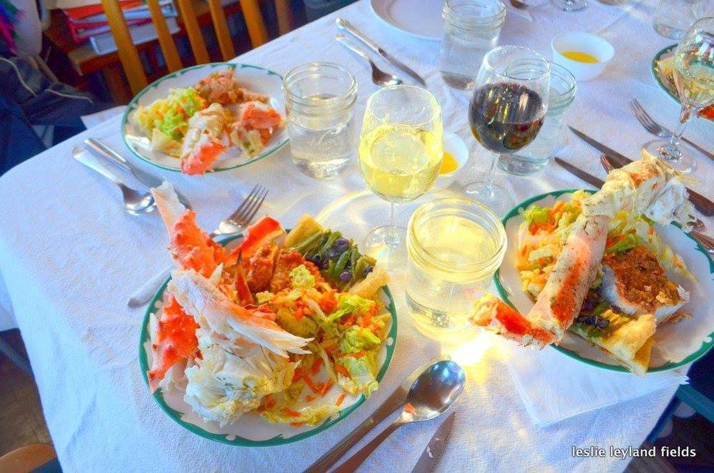 HIWW--crab dinner plate.jpg