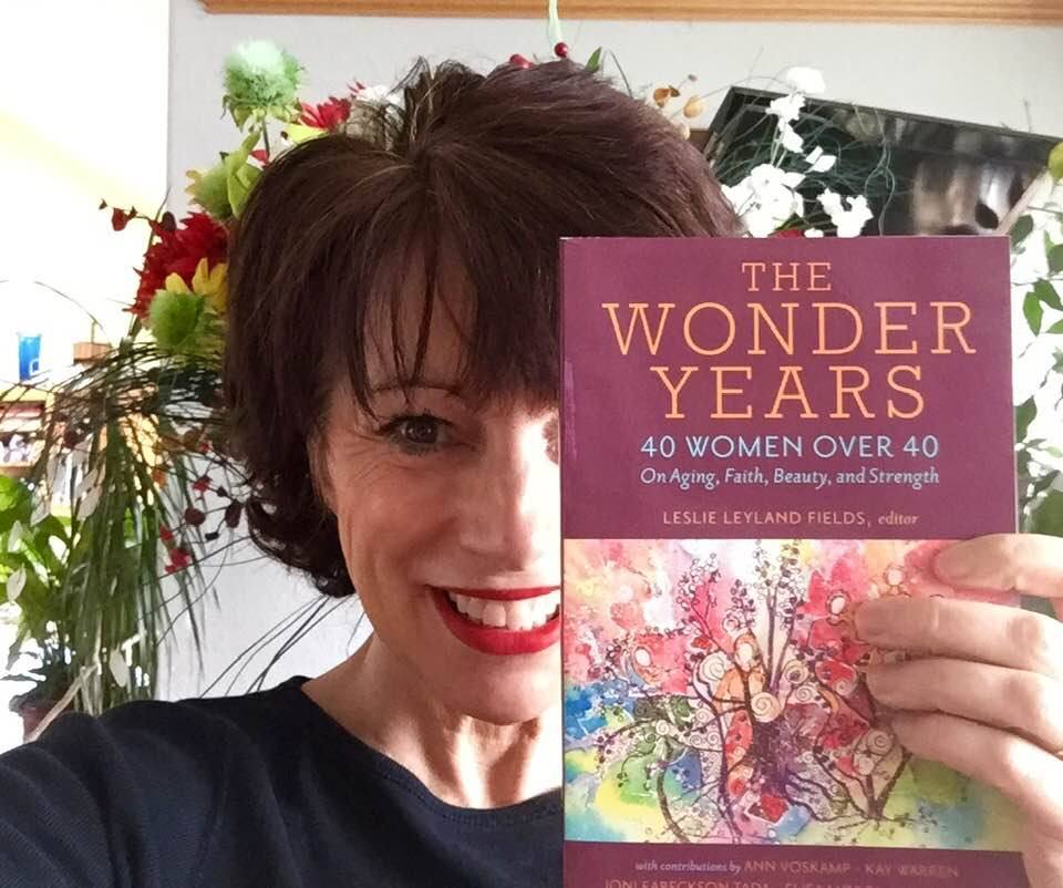 Leslie with WOnder Years book.jpg