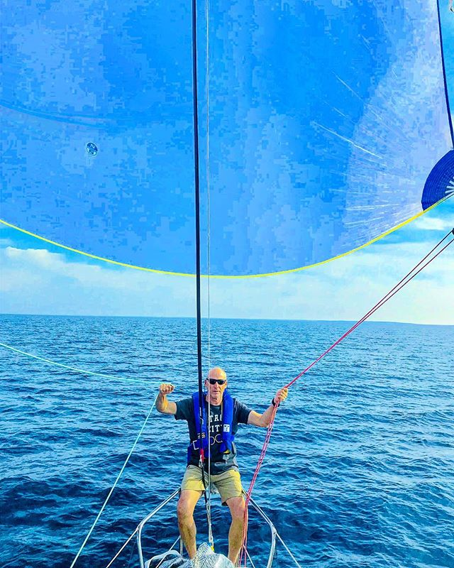 Working the spinnaker with Ol' Jim somewhere in the middle of Lake Huron during the 2018 Port Huron to Mac race. Can't wait for the 2019 sailing season to start. It's that glorious time of year when a fella' transitions from drinking cheap beer with friends on land, to drinking cheap beer with friends on the water while racing majestic sailboats. Can't wait. #sailboat #michigan #sailing #porthurontomackinac #racing #lakehuron #detroit #lakestclair #regatta