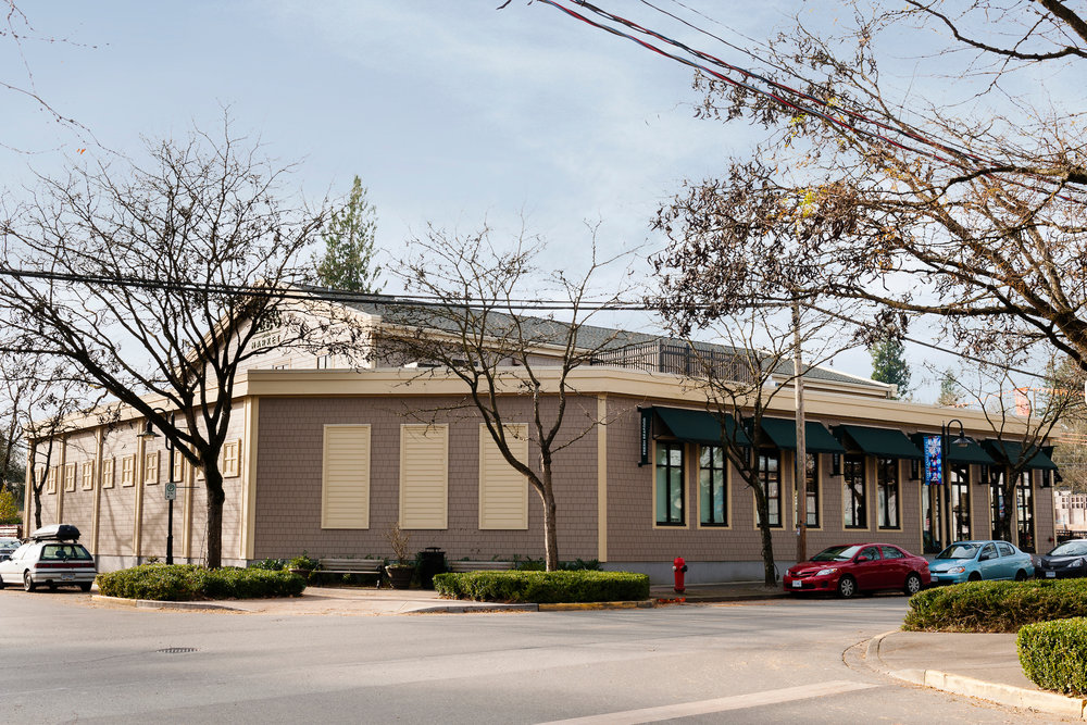 Lee's Market, Fort Langley--004.jpg