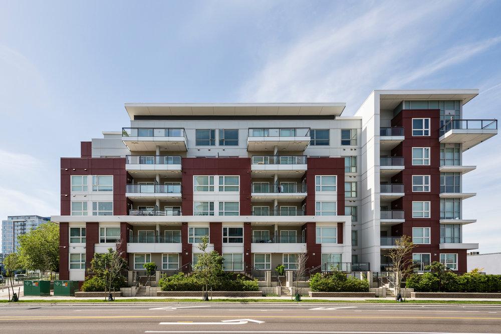 Riva Apartments--002.jpg