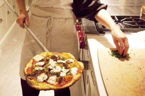 kat-making-pizza.jpg