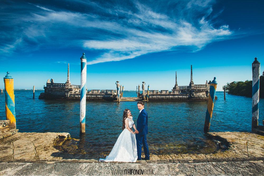 KJ36-vizcaya-museum-wedding-photography-igor-trifonov.jpg