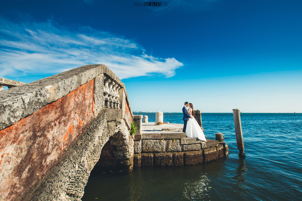 KJ42-vizcaya-museum-wedding-photography-igor-trifonov.jpg