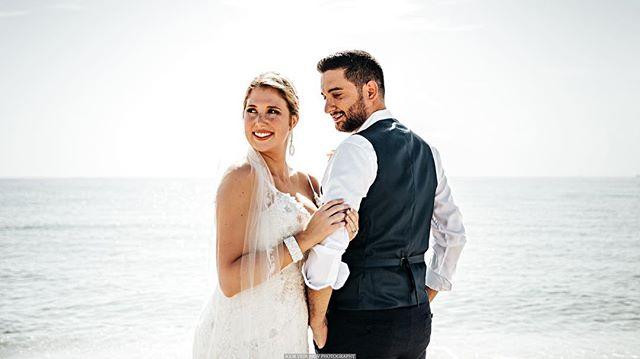 Florida's ☀️ all day long ! • • • • #weddingphotographer #weddingphotography #weddinginspiration #weddingday #theknot #bride #weddingphoto #groom #weddingdress #junebugweddings #weddings #engaged #weddingideas #engagement #greenweddingshoes #destinationweddingphotographer #instawedding #destinationwedding #bridetobe #brideandgroom #stylemepretty #weddingplanning #huffpostido #shesaidyes #soloverly #weddingplanner #prewedding #weddinginspo #lookslikefilm #malaywedding