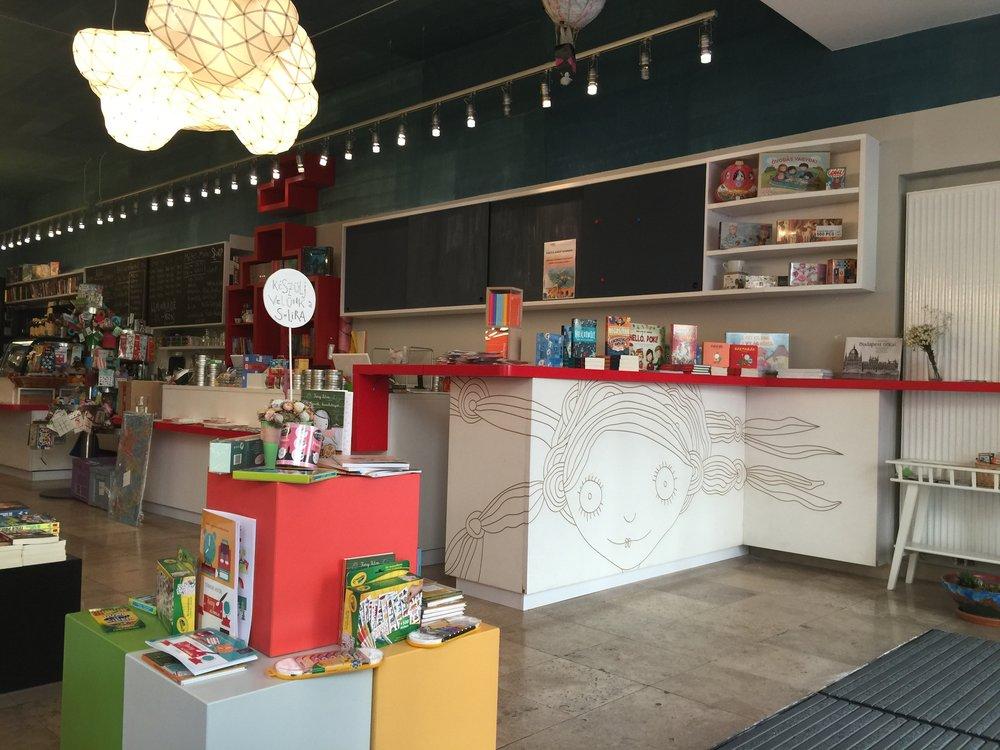 Tinta Art Café