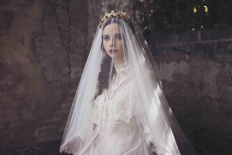 Viktoria Novak - Bridal 17 Campaign (14).jpg