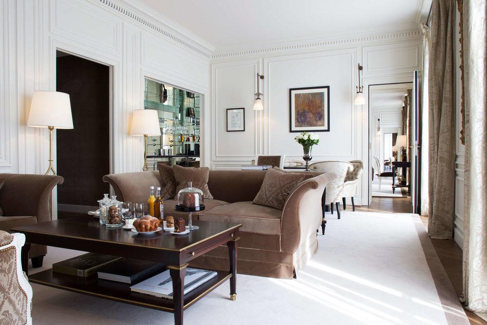 La-Reserve-Paris-Suite-Prestige-302-2.jpg