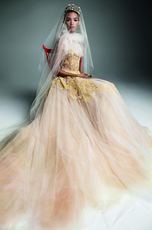 cbea6d4aa3f From NY Bridal Fashion Week - Vera Wang Autumn 2019 — everAFTER magazine